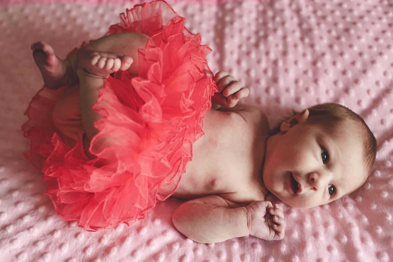 dekalb_IL_inhome_newborn_photographer_0017.jpg