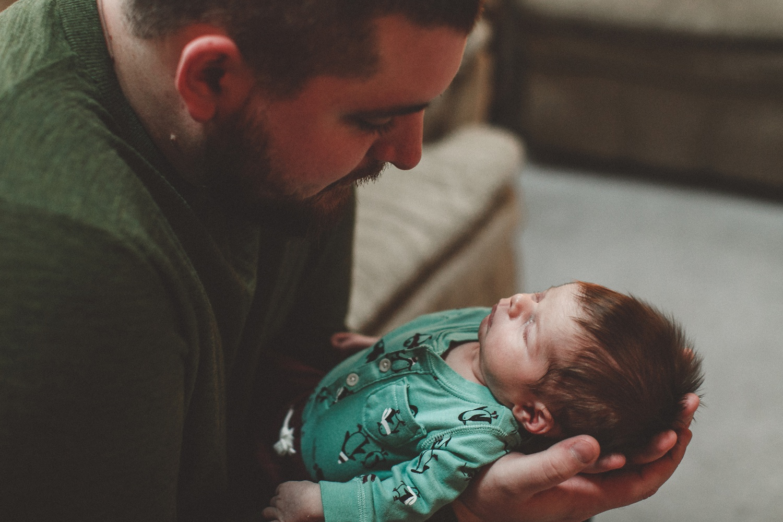 dekalb_sycamore_IL_inhome_newborn_family_photographer_0015.jpg