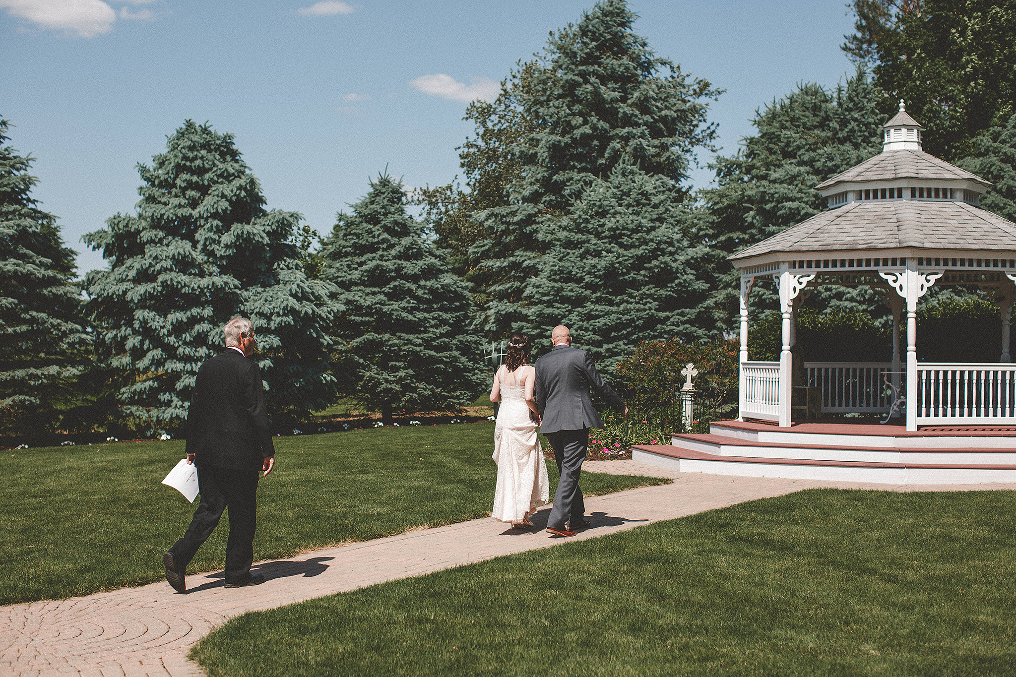 Outdoor elopement photos at Chapel in the Pines | Sycamore IL Wedding Photographer | Chrissy Deming Photography