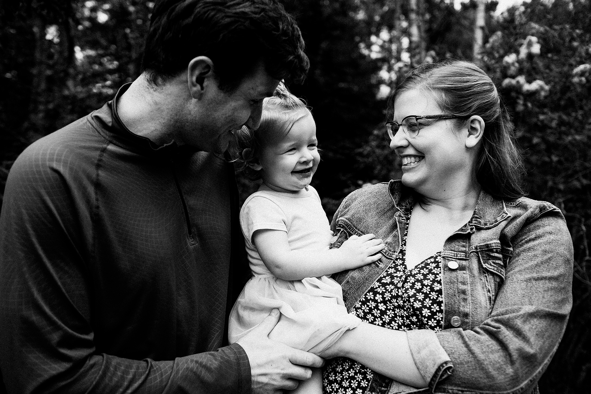 Mom, dad, baby | photoshoot in the forest | Sheboygan, WI Family photographer | Chrissy Deming photography