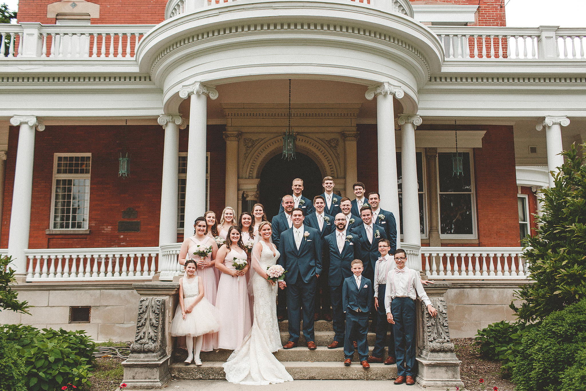 wedding party pictures on steps at ellwood house | dekalb, il wedding photographer | chrissy deming