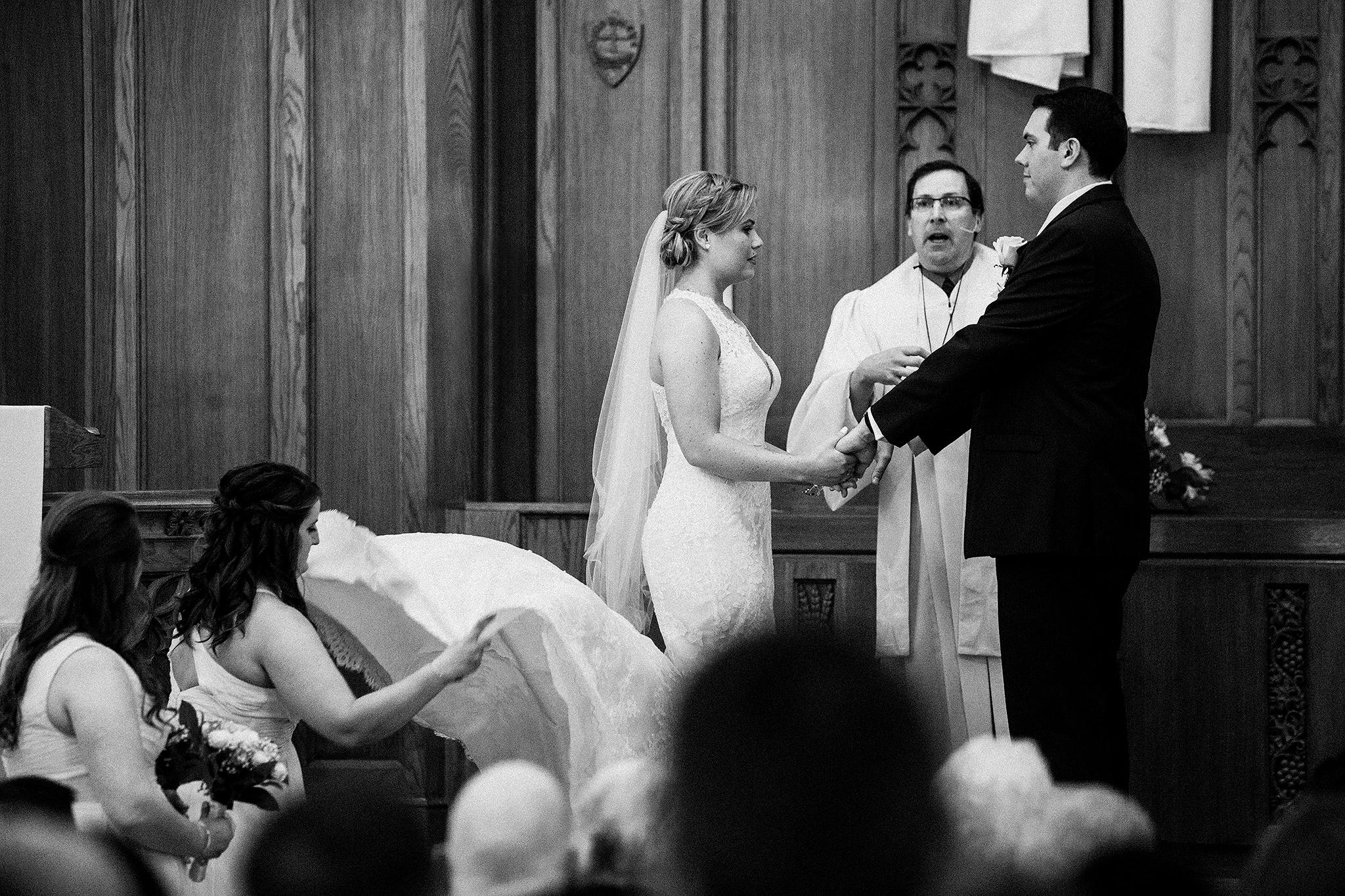first-united-methodist-church-dekalb-il-wedding-photographer