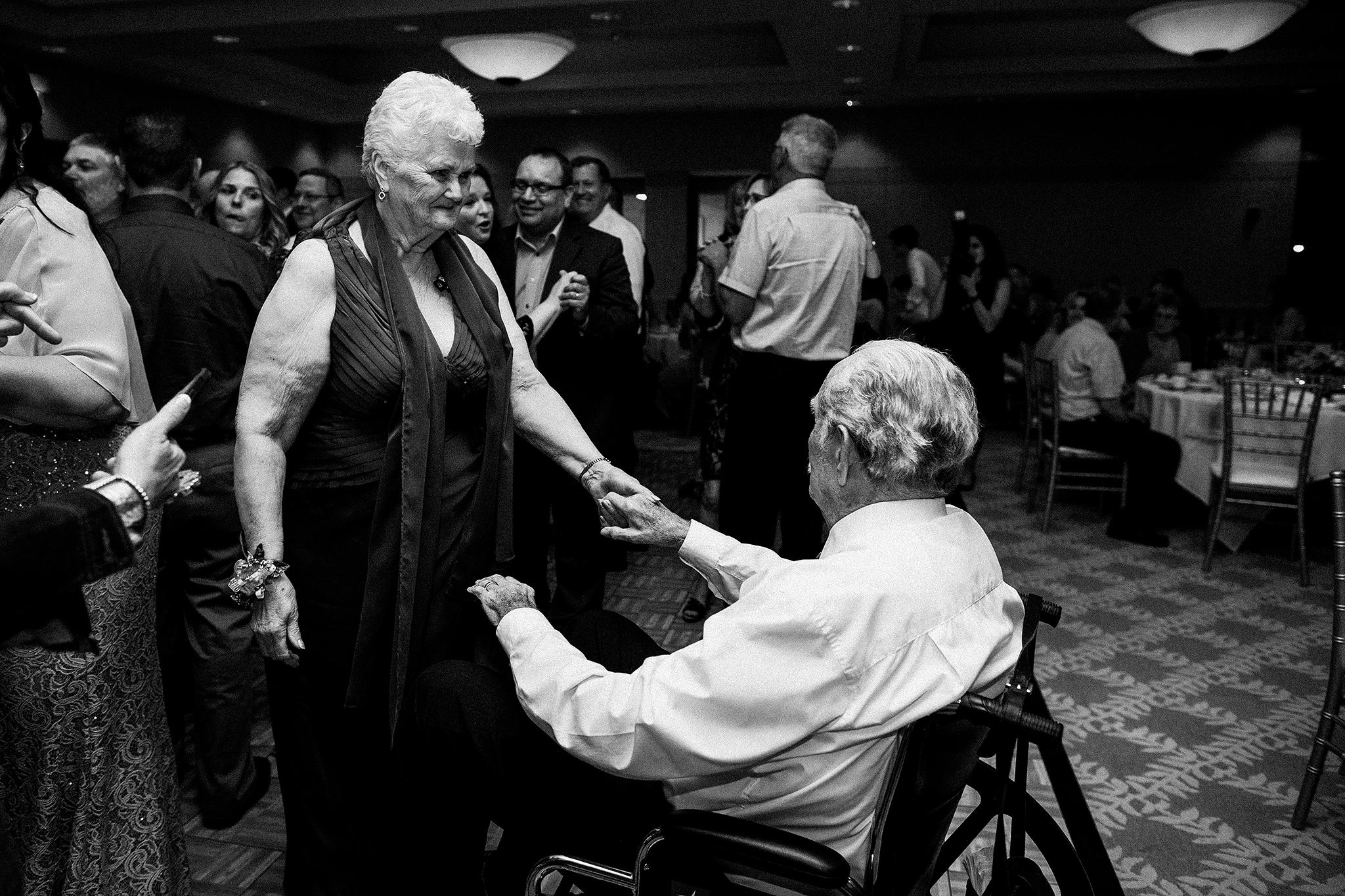 grandma and grandpa dancing during wedding reception | dekalb, il wedding photographer