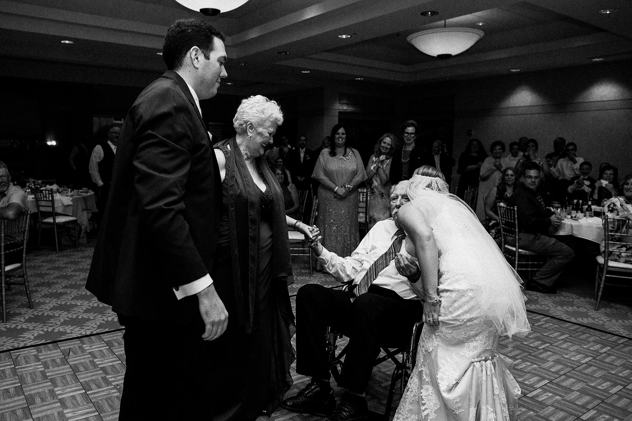 barsema-alumni-center-dekalb-wedding-photographer