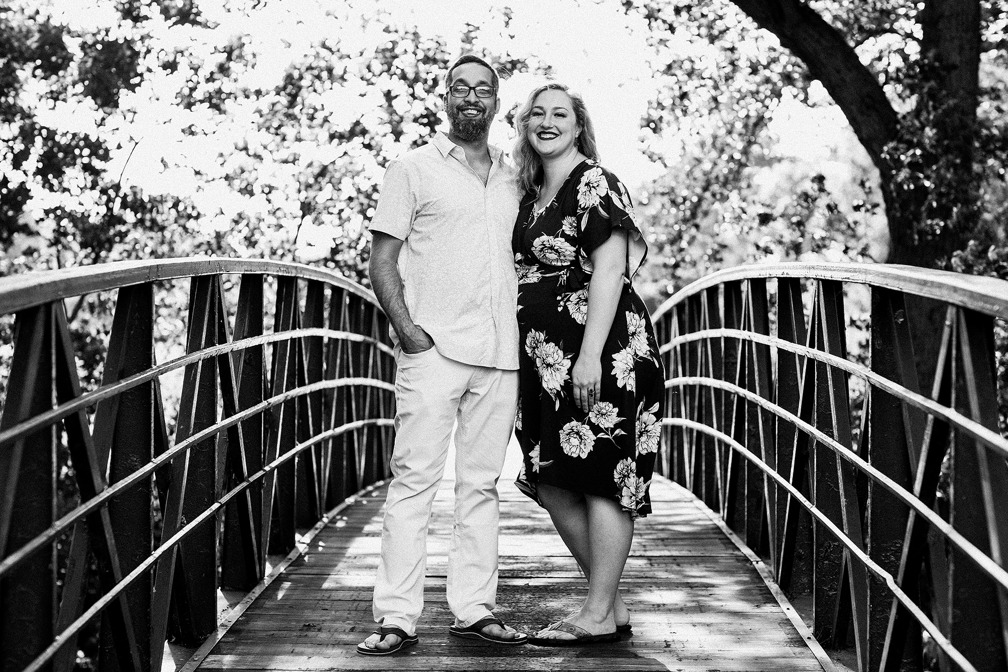 portrait of husband and wife on a bridge | sycamore il family photographer