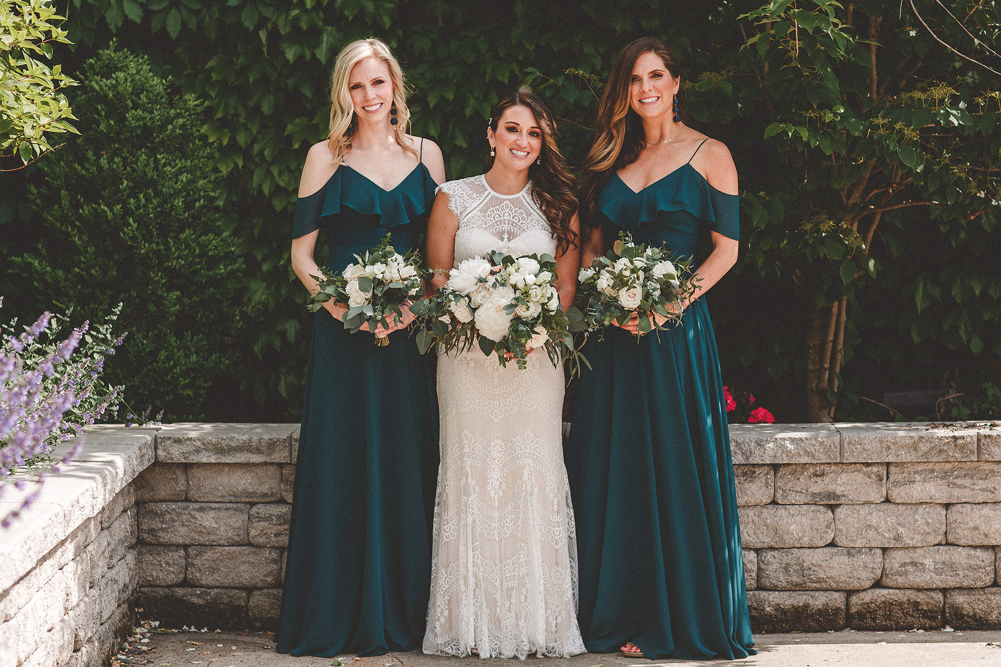 bride/bridesmaids picture | the ivy house milwaukee wedding photographer | chrissy deming