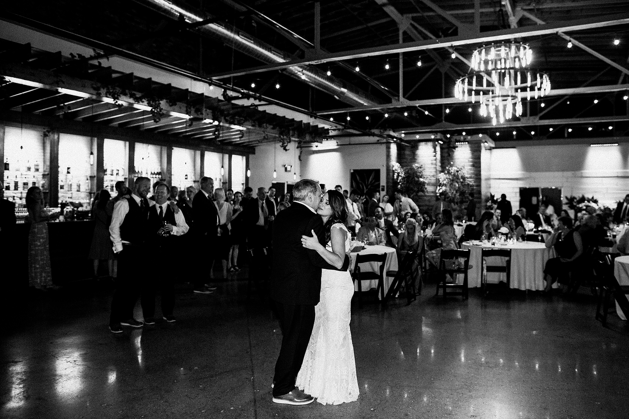 bride/father of the bride dance | the ivy house milwaukee wedding photographer | chrissy deming