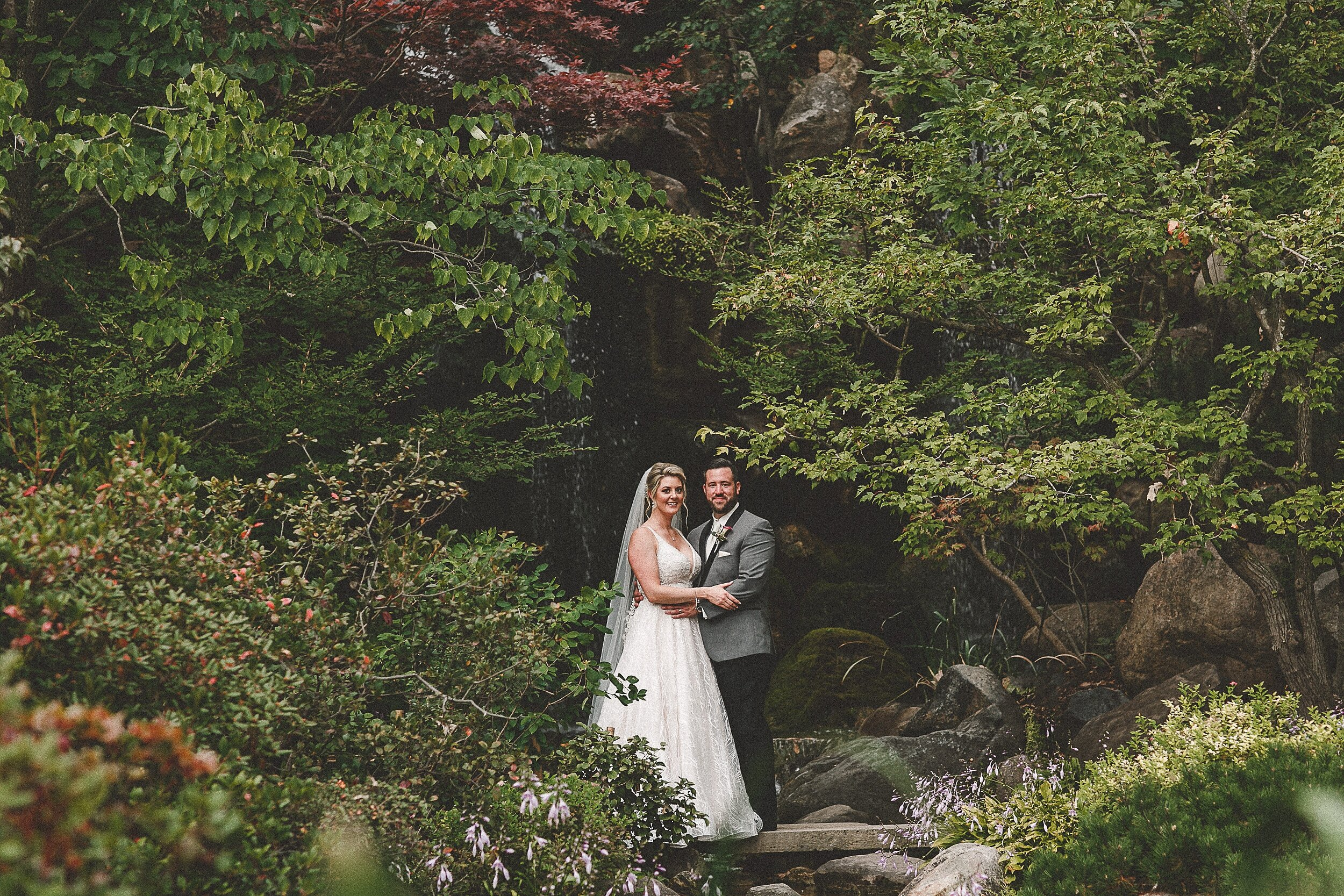 anderson-japanese-gardens-rockford-il-wedding-photos_0148.jpg