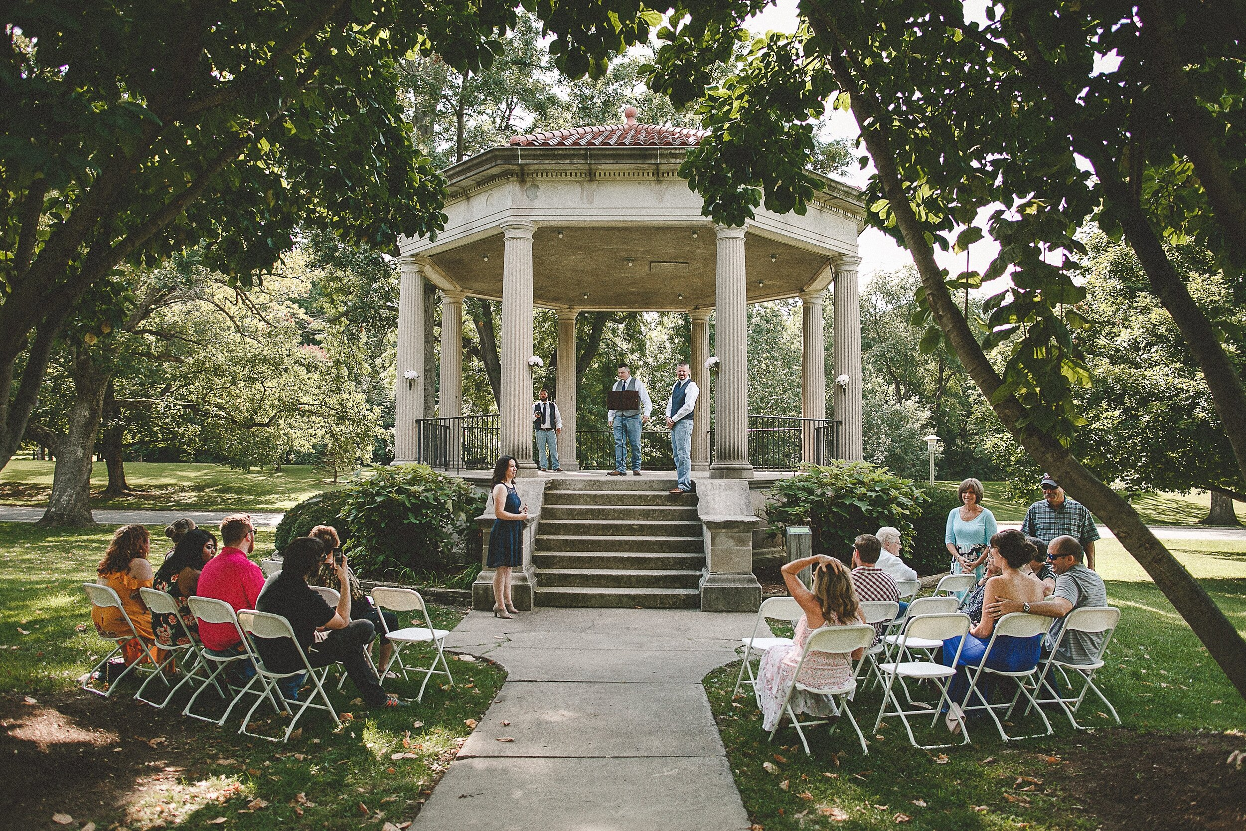 washington-park-gazebo-springfield-il-wedding-photography_0024.jpg
