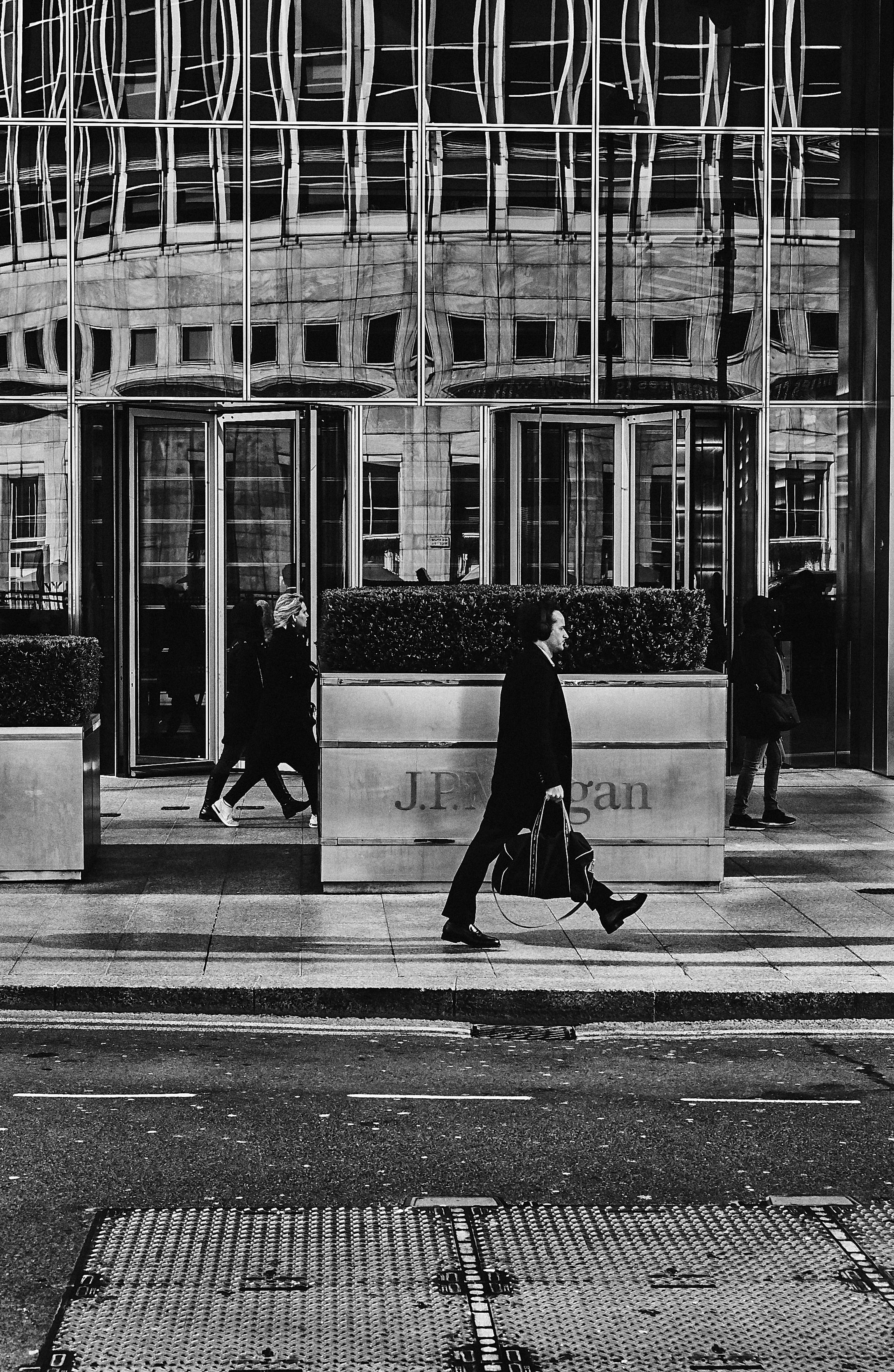 London_City_Commuters_25_03_19_0832 1.jpg