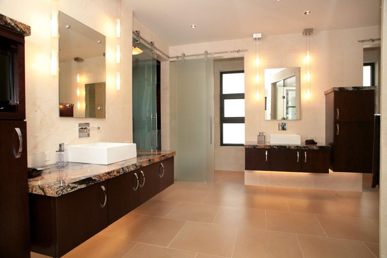 421 Madison Master Bath.jpg