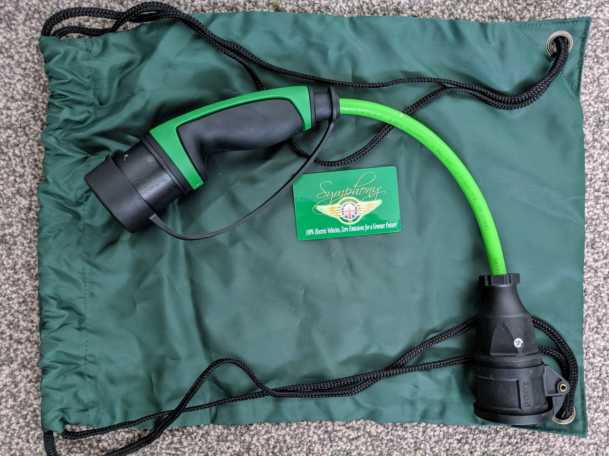 Cable adaptor Approved for use with all Type 2 Charging points. Comes with free bag to protect iT in your Twizy