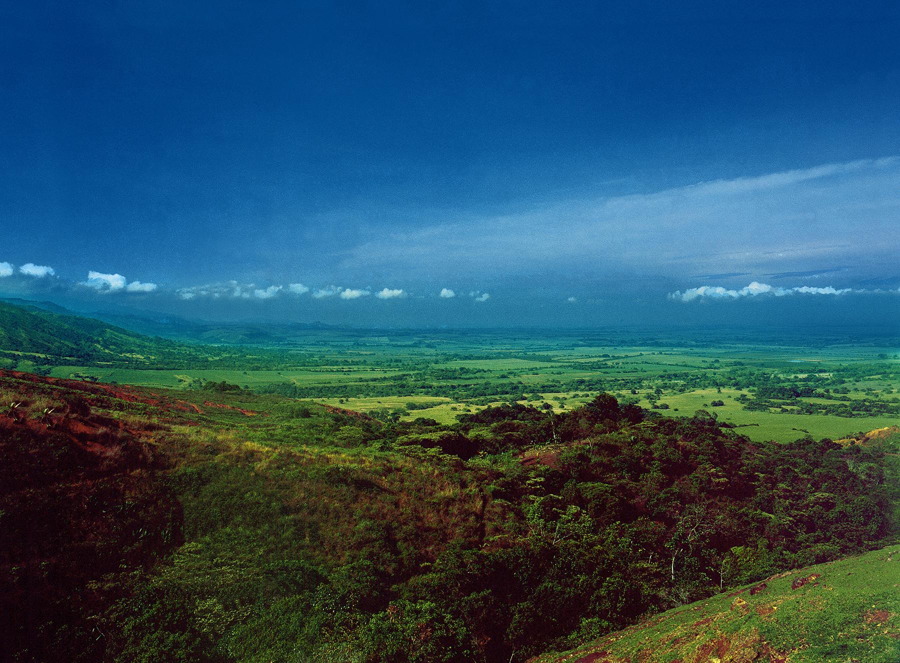(1) El Paisaje_El Valle del río Cauca en Colombia © Sylvia Patiño para LOFscapes.jpg