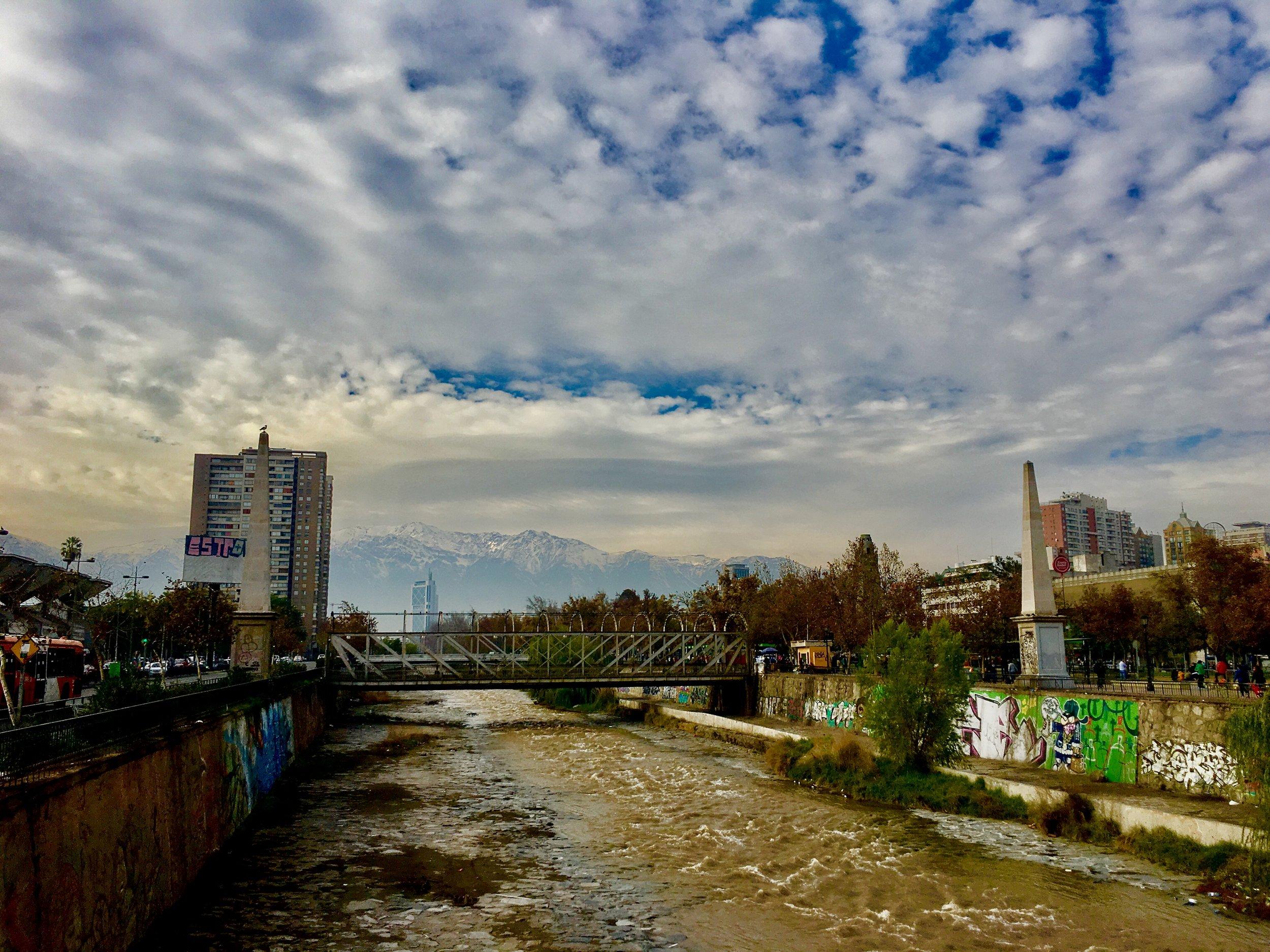 (3) Escampado. Río Mapocho. Santiago de Chile. © Oscar Menares Ossandón en Flickr