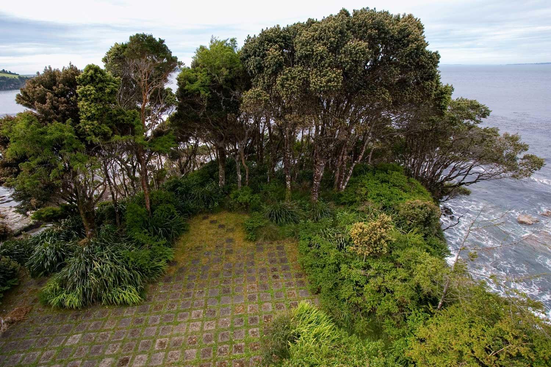 (1) Juan Grimm, Jardín Chiloé, Ahui, Chiloé, Chile (2001) © Diego Figueroa