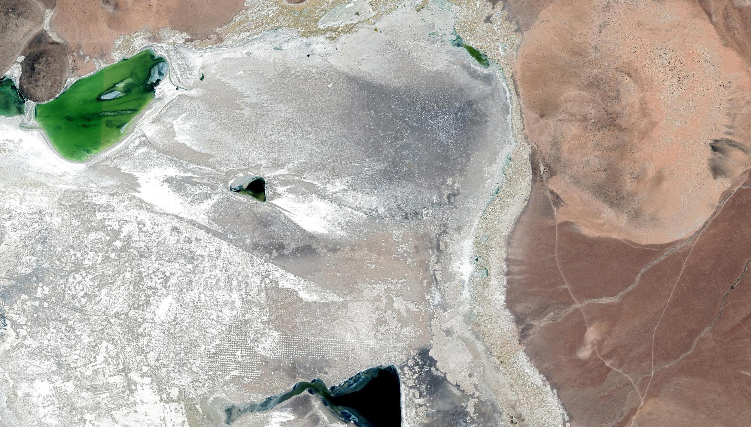 (3) Minería en Salar de Surire © Google Earth para LOFscapes
