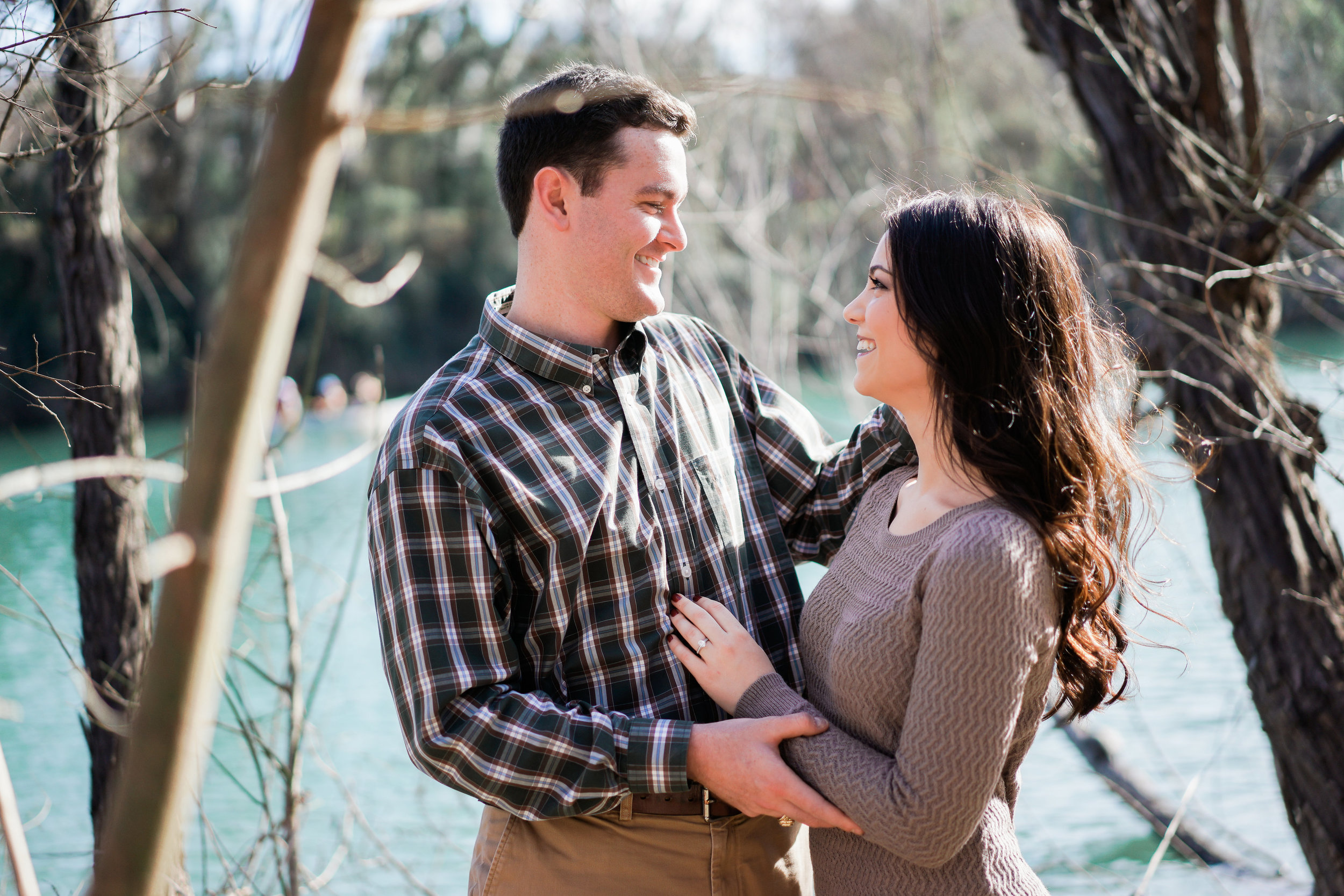 Colors that complement each other look great on engagement sessions. Zilker park engagement session.
