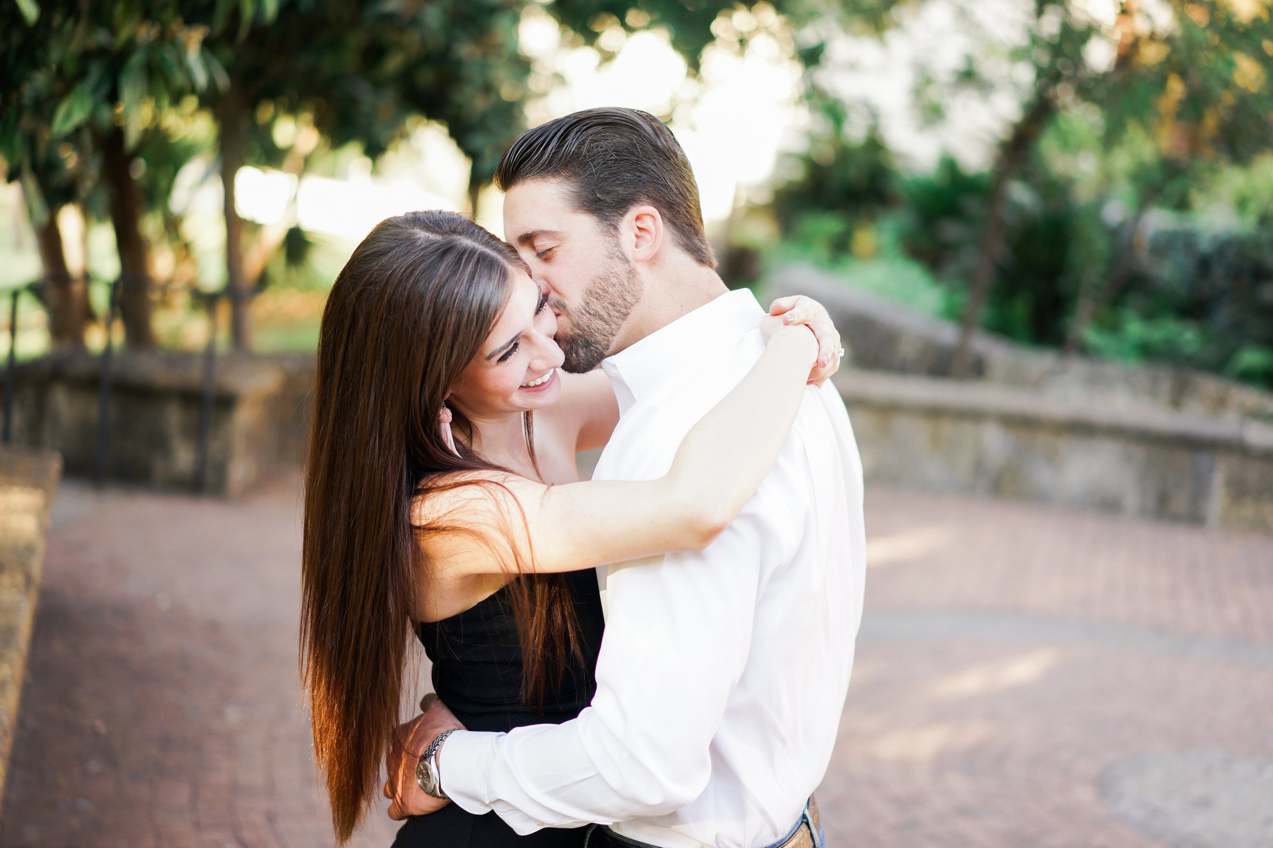 San Antonio engagement session at the McNay Art Museum.