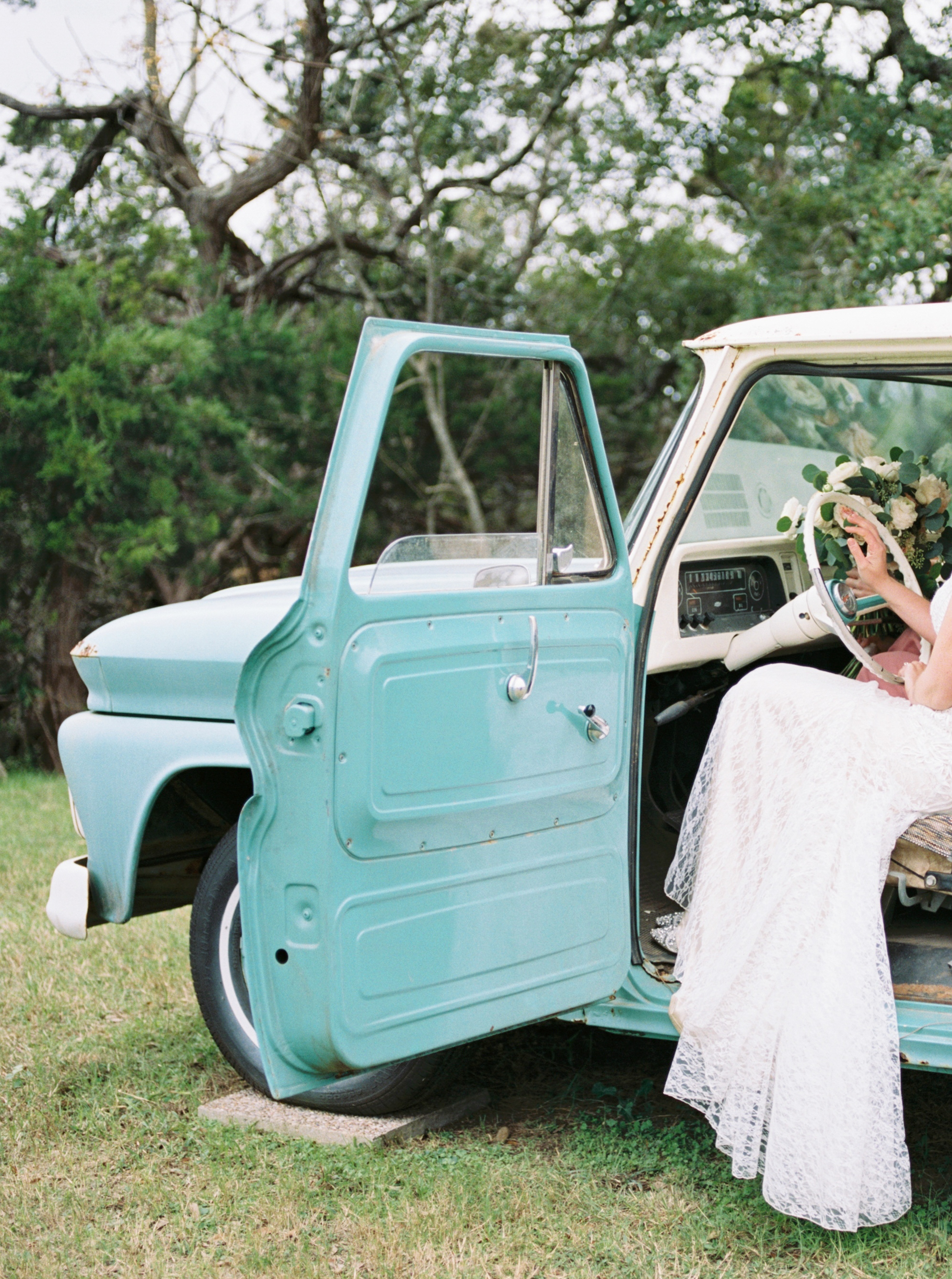 Austin Wedding Photographer | Intimate Austin Wedding Photos | Chapel Dulcinea Wedding | Austin Wedding Venue | Austin Elopement | Caitlin Rose Photography | Film Wedding