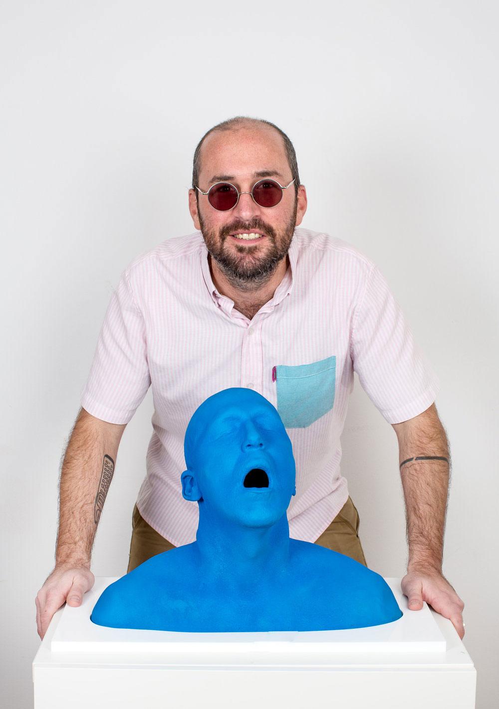 luigi-cuchillo-escultura-orgasmo.jpg
