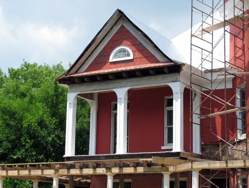 roof repair scaffolding.jpg