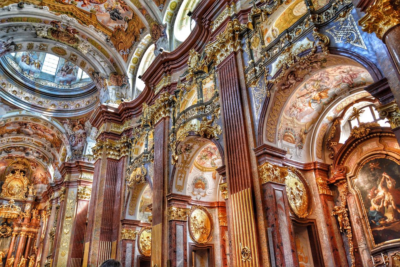 baroque-church-439488_1280.jpg