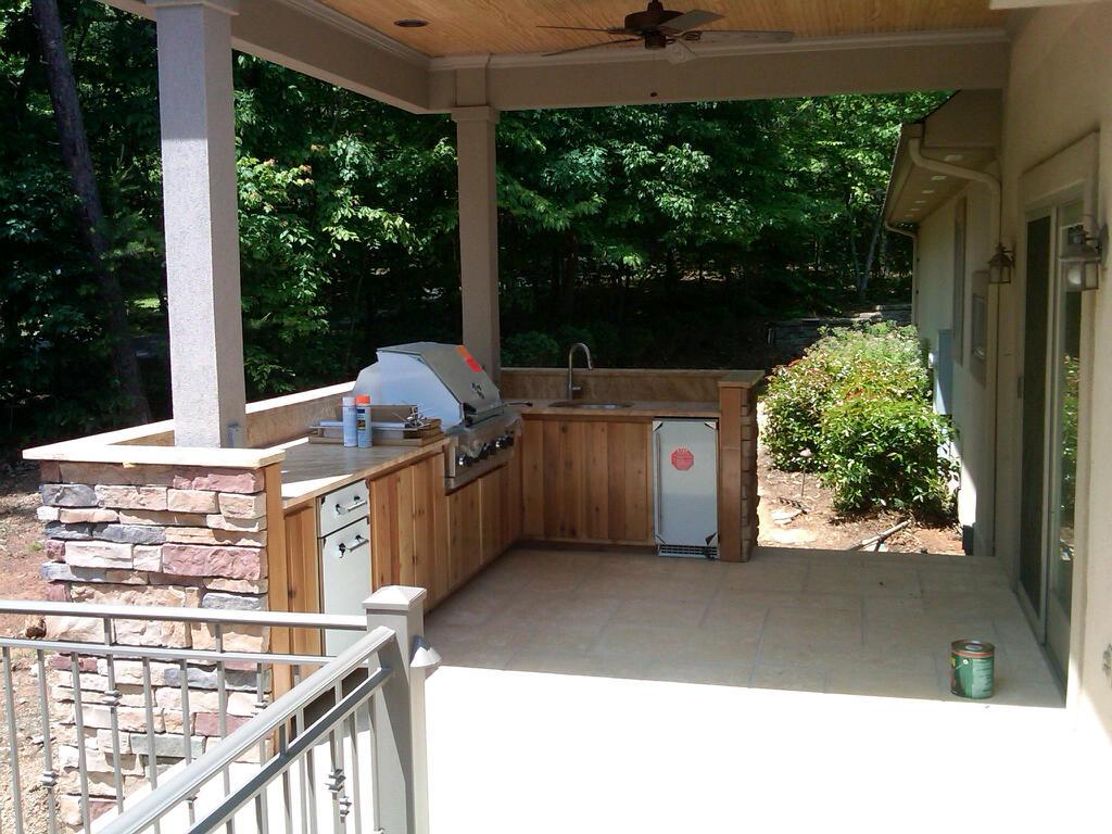 Kitchen Area 2.jpg