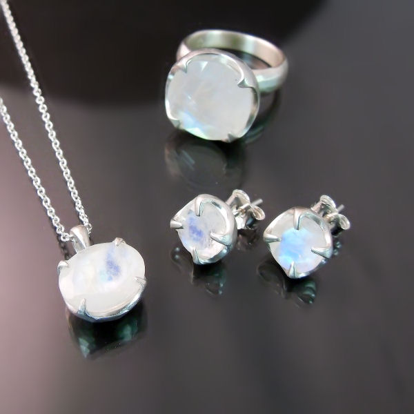 Designer jewellery moonstone silver earrings pendant ring set
