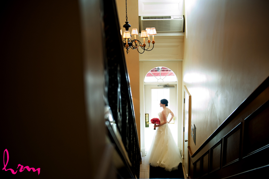 Beautiful wedding photo featuring elegant Toronto bride