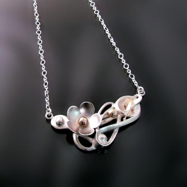 Unique jewellery designs in gold and silver at Hamilton Burlington Dundas Jewellers Zoran Designs