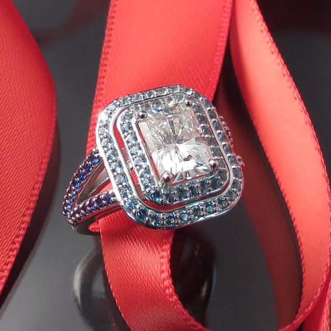 moissanite toronto gta hamilton burlington oakville engagement rings