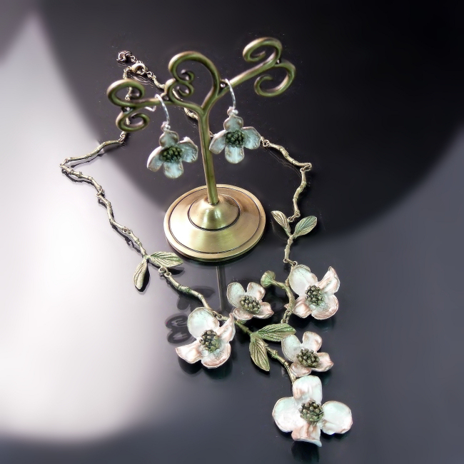 flower jewellery dogwood necklace earrings set