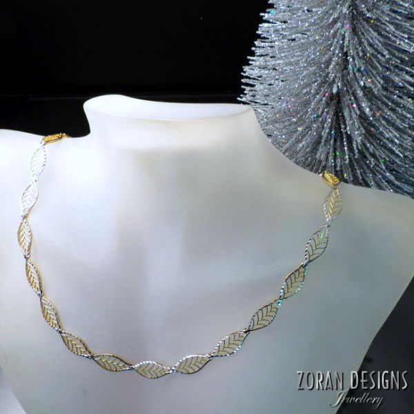 Fine Jewellery: two tone gold necklace