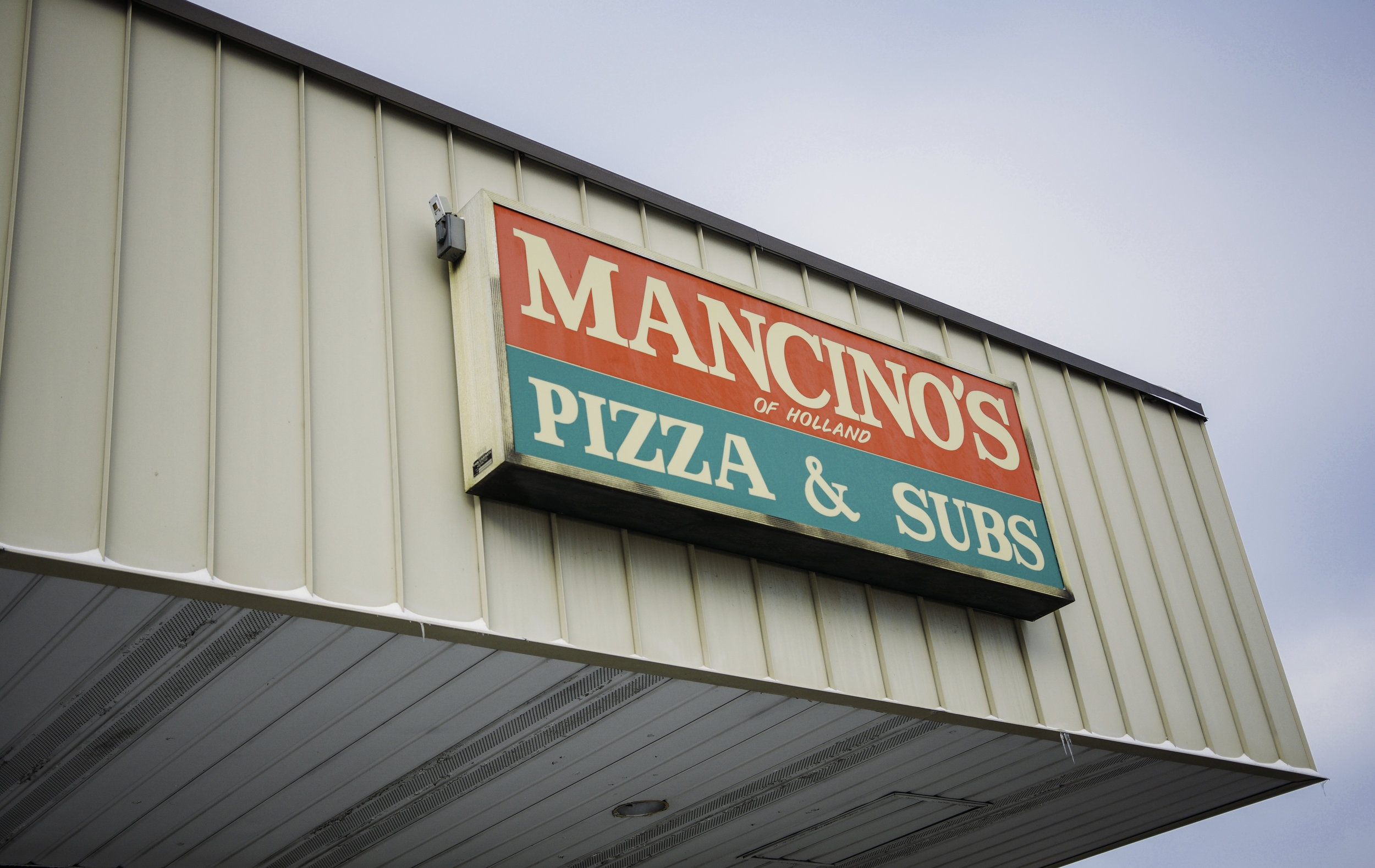 Mancino's Pizza & Grinders-6.jpg