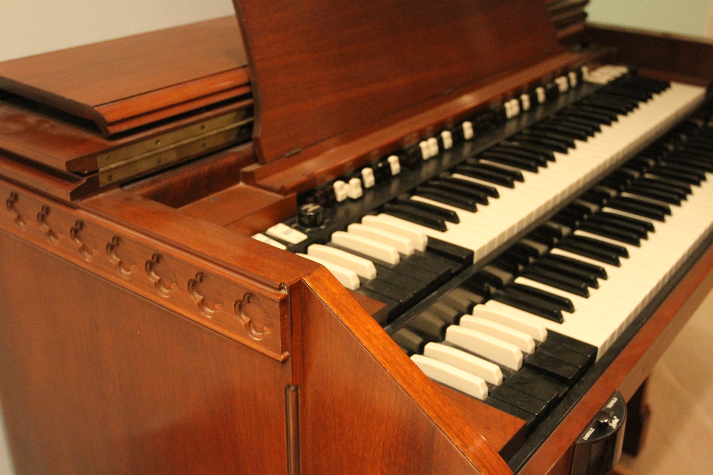 Imagine your hands on this Hammond C 3.