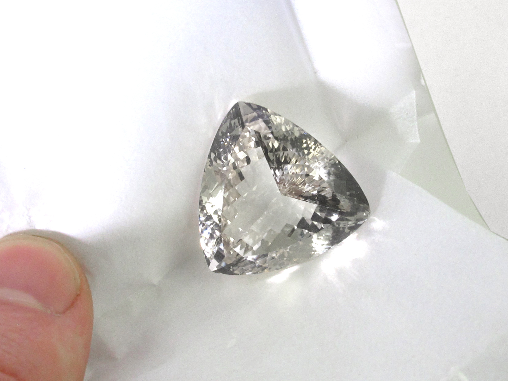 Click here to learn about our diamond & gemstone cutting & polishing services.