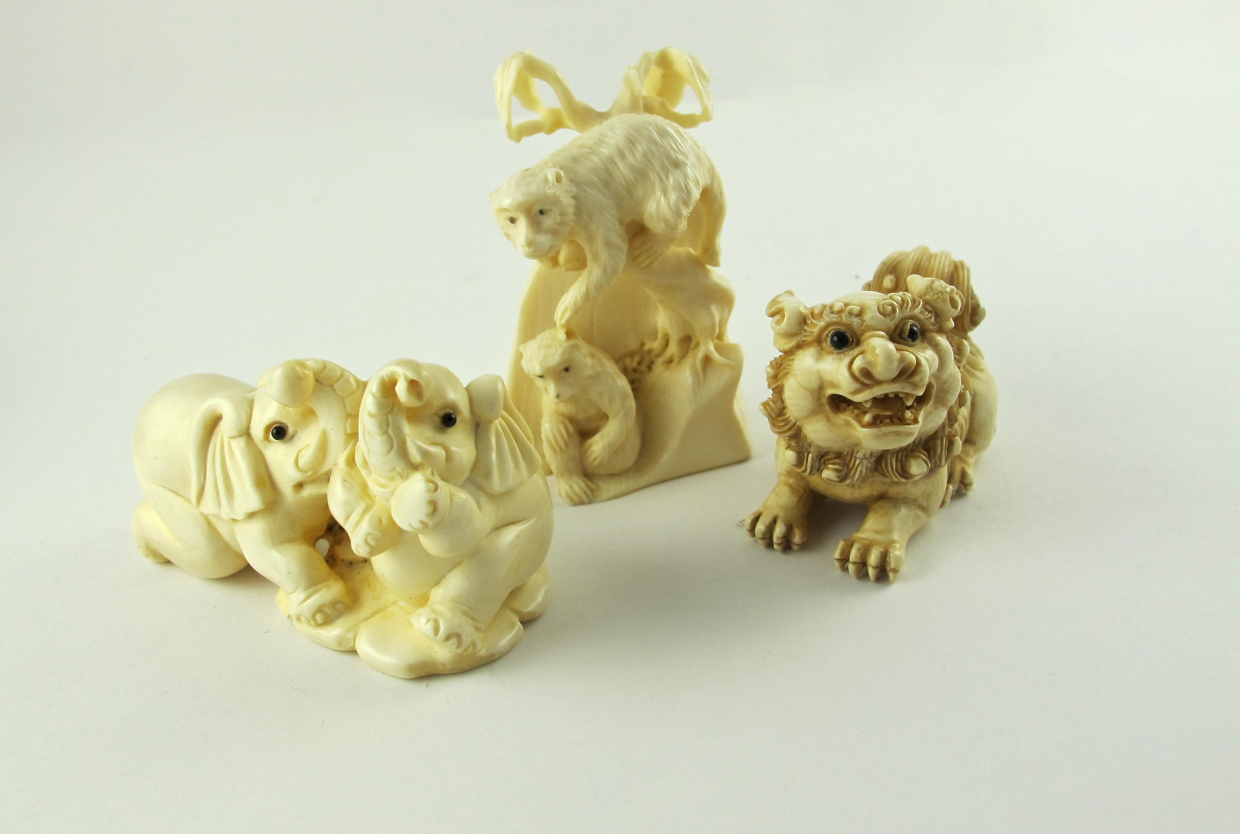 Chinese mammoth carvings at Gray Reid Gallery