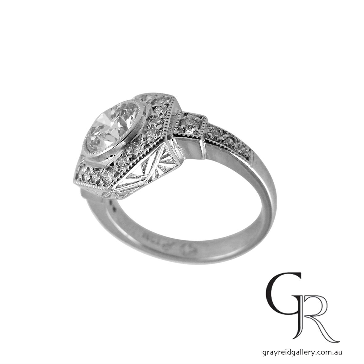 deco inspired diamond ring emgagement engraved platinum 2.jpg