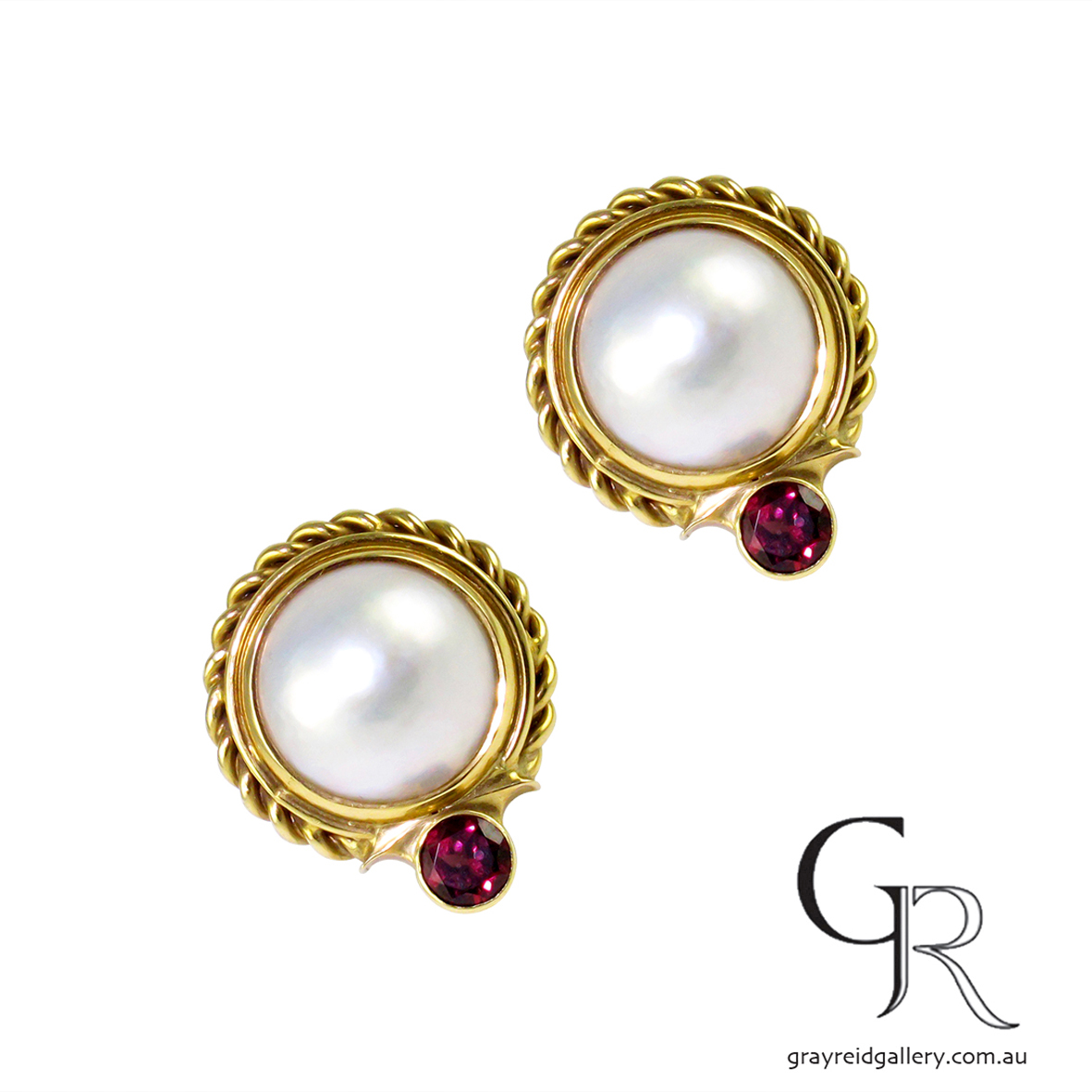 Mabe Pearl & Garnet Earrings In Yellow Gold