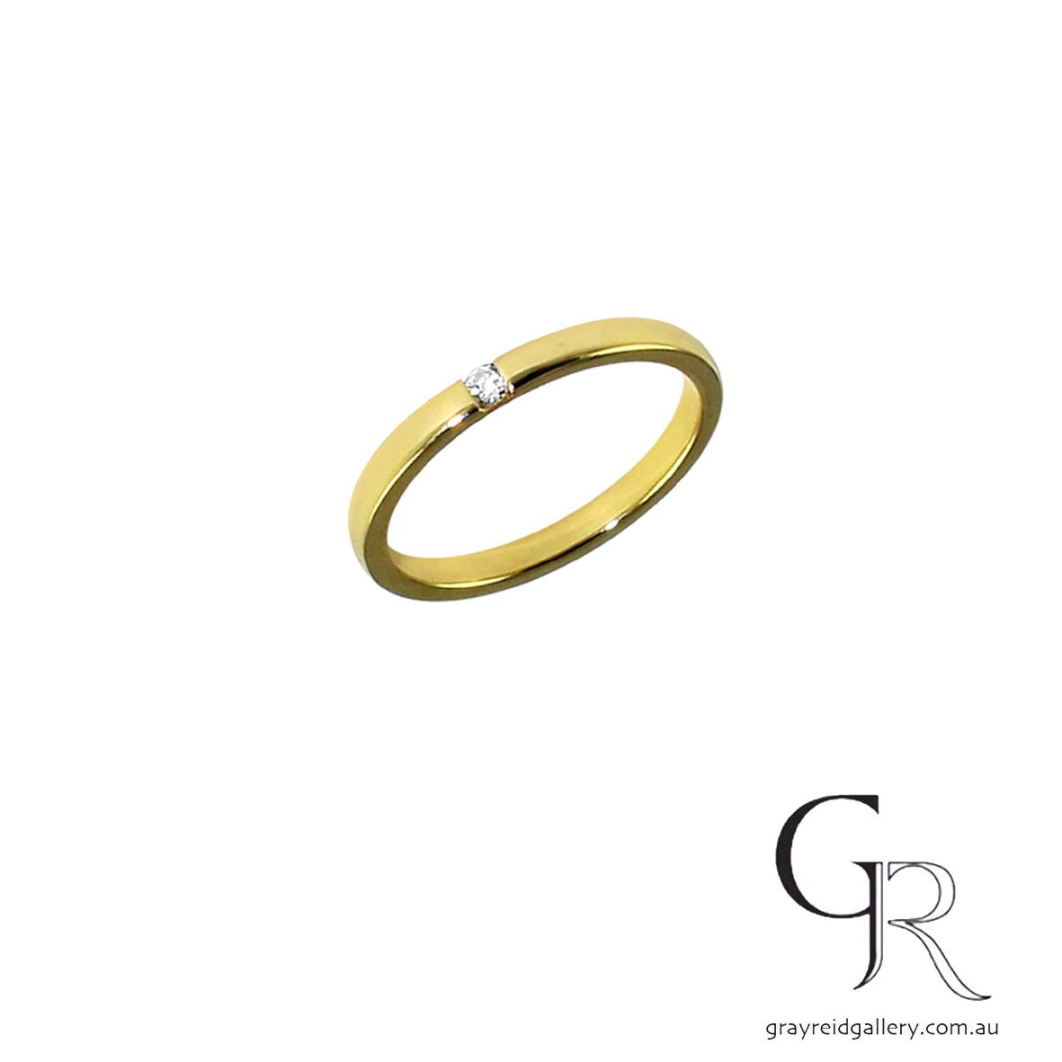 yellow gold diamond wedder 6100.jpg