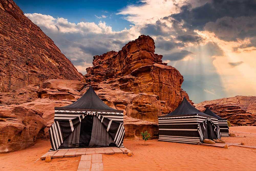 tents_jordan_1000.jpg