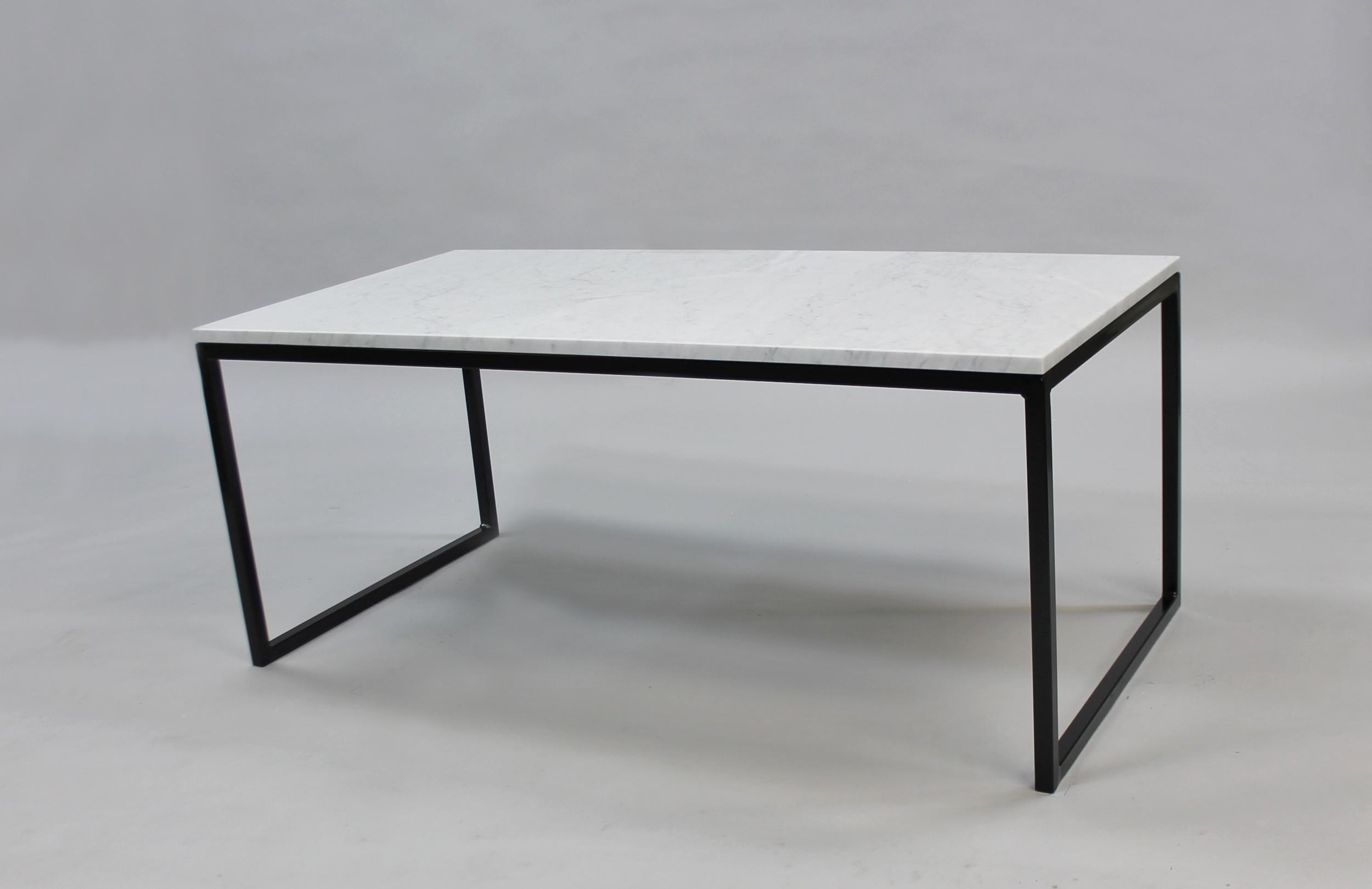 Marmorbord 100x60 H 45, svart halvkub underrede