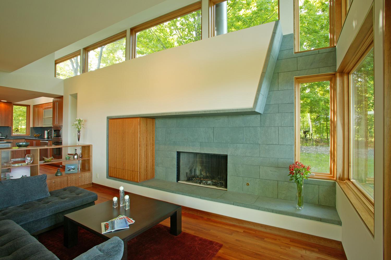 10_fireplace_2.jpg