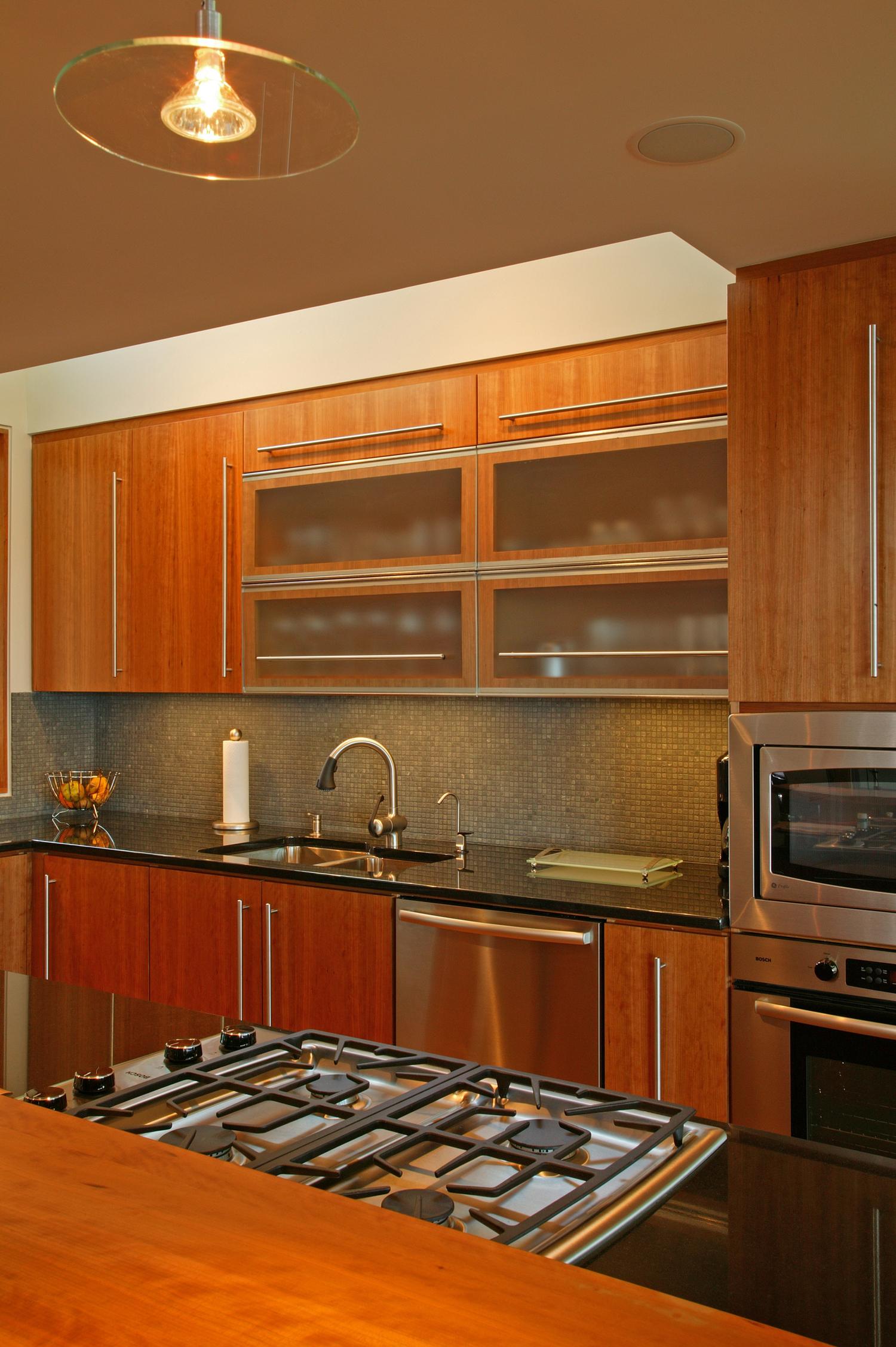 13_kitchen_4.jpg