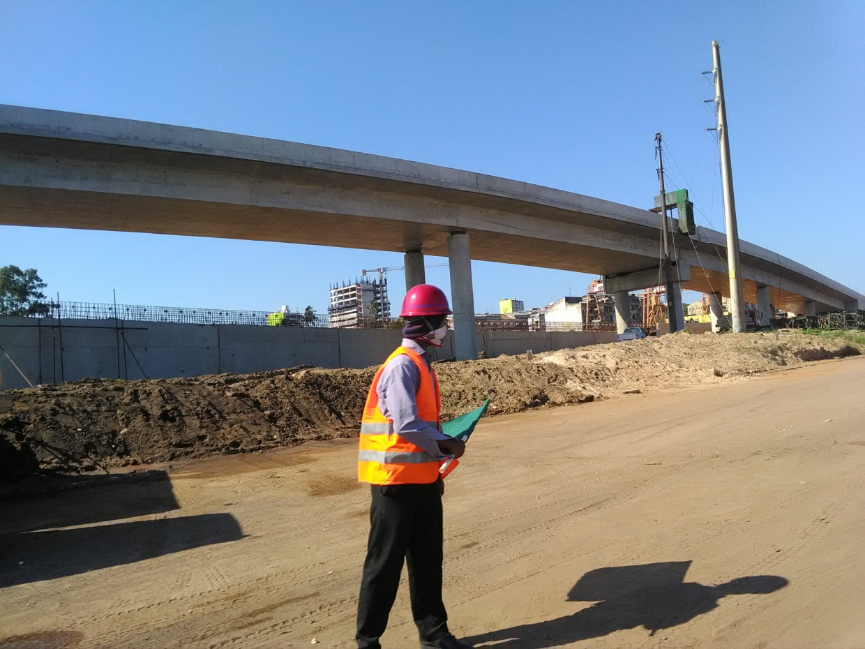 Maputo-Katembe bridge under construction. Photo: Eric Cezne/ May 2018