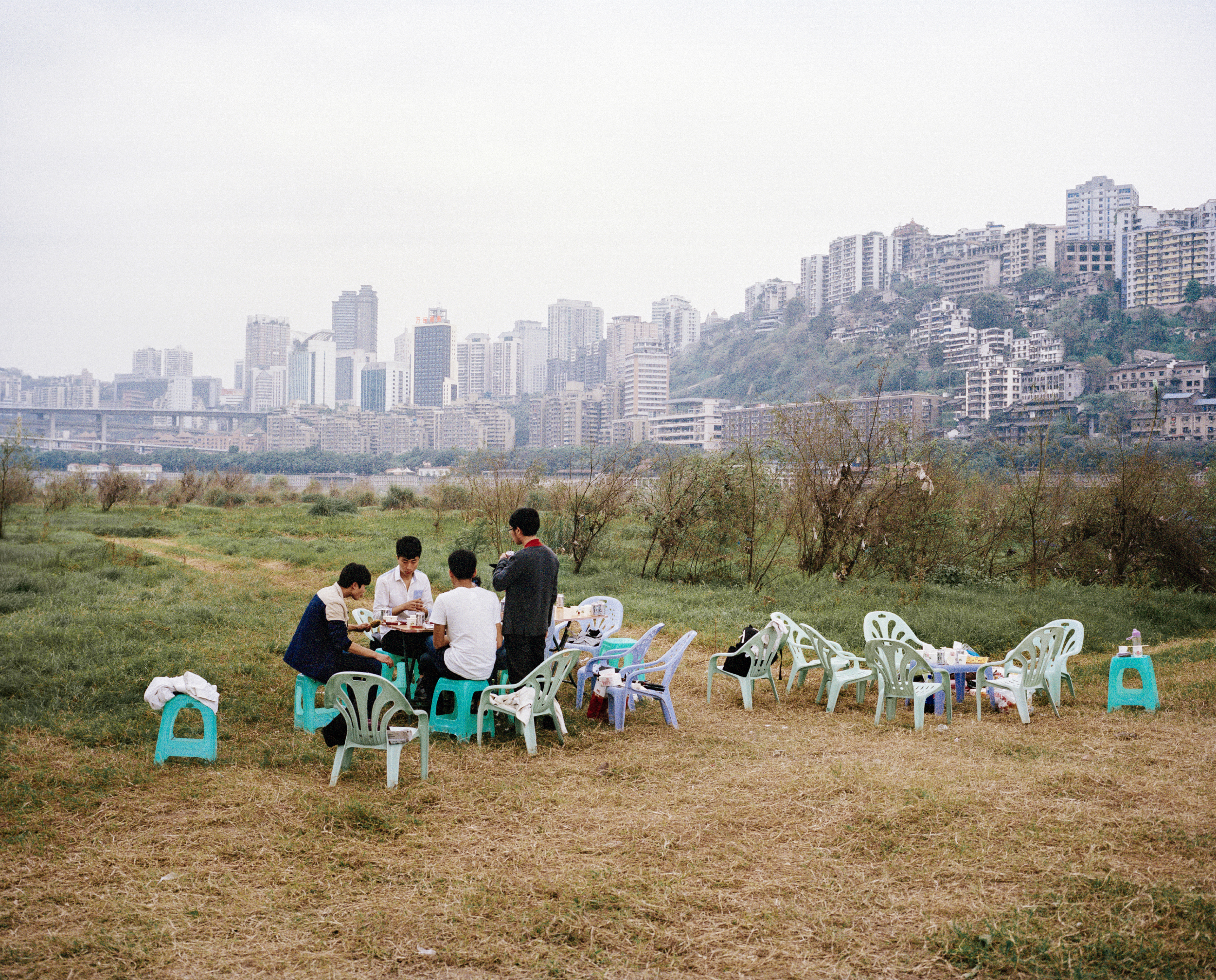 Picnic on island. Chongqing, China, 2015.