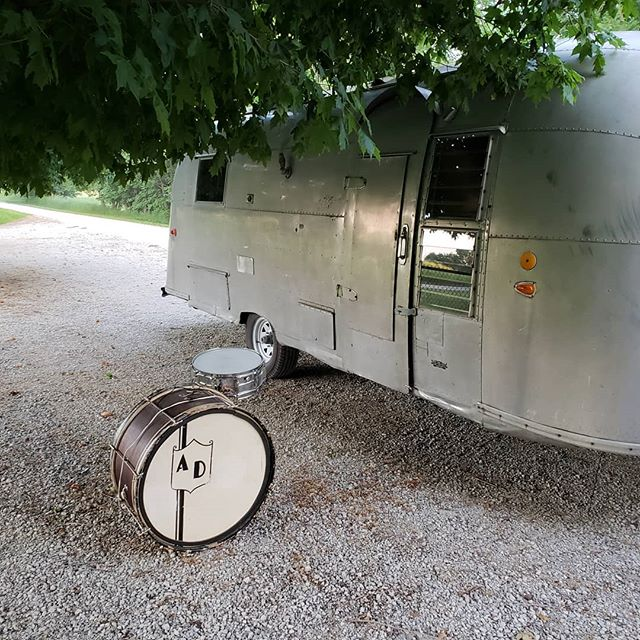 Next to Mcleans cemetery these old ludwig's sounded great. From the 20's, the pioneer  bass drum still sports the calf skin heads and from the 70s the snare echoes into the woods.  #ludwigdrums #airstream #airstreamrenovation #vintageairstream