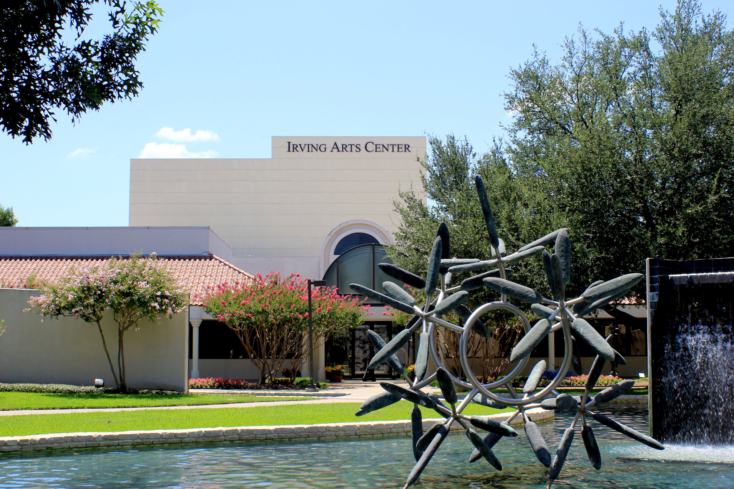 IrvingArtsCenter-outside.jpg