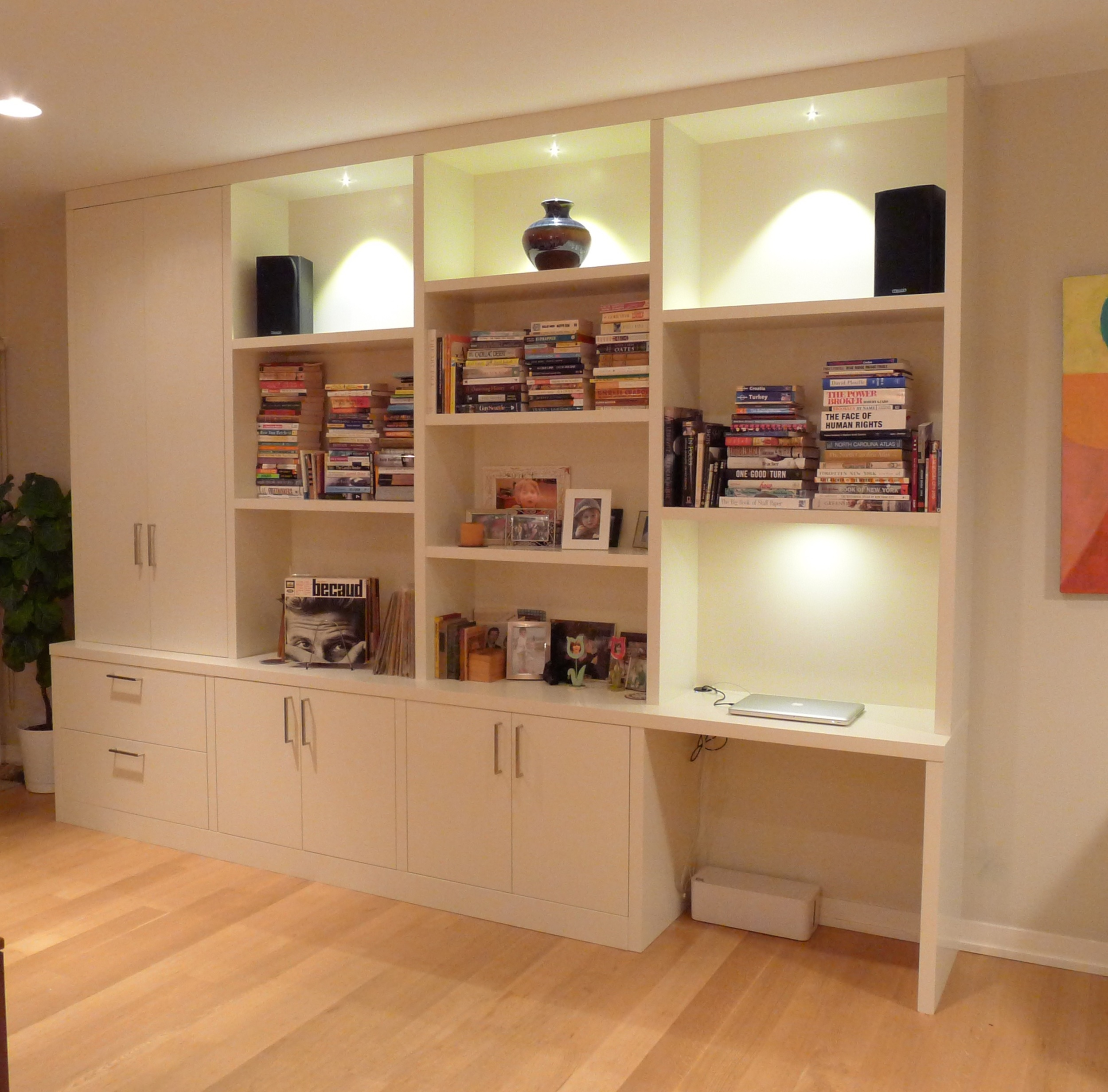 modern-wall-unit-with-desk