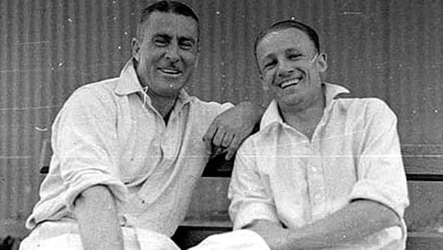 Vic Richardson (left) with Don Bradman. Photo courtesy: Wikimedia Commons.